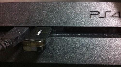 PS4 USB