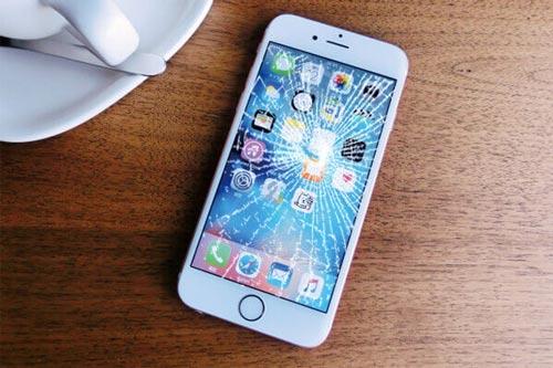 iPhone 破損